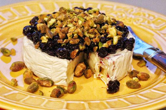 wild-blueberry-pistachio-no-bake-brie