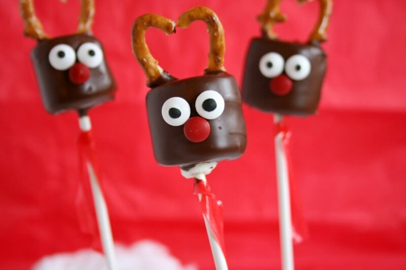 Say hello to the new holiday cake pop: Reindeer Marshmallow Pops