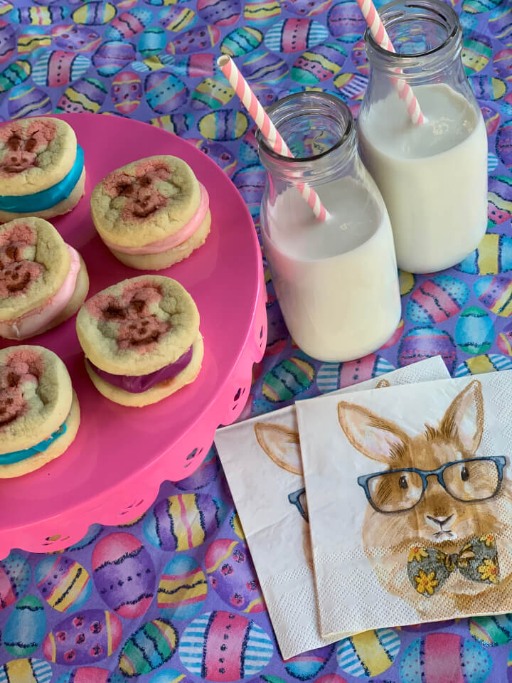 Easy Easter Snack: Easter Whoopie Pies from Memory Makin Momma