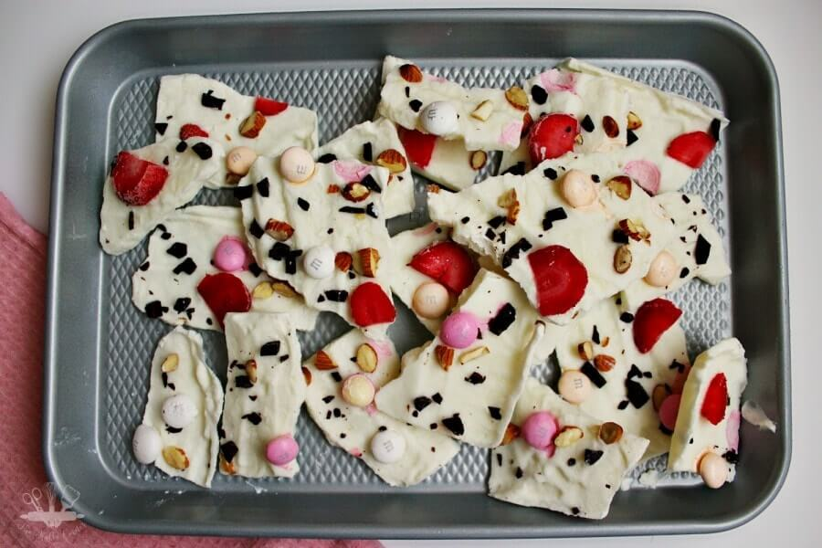 Healthy Easter Recipe: Frozen Yogurt Easter Bark