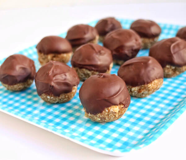 Chocolate Banana Oat Bites