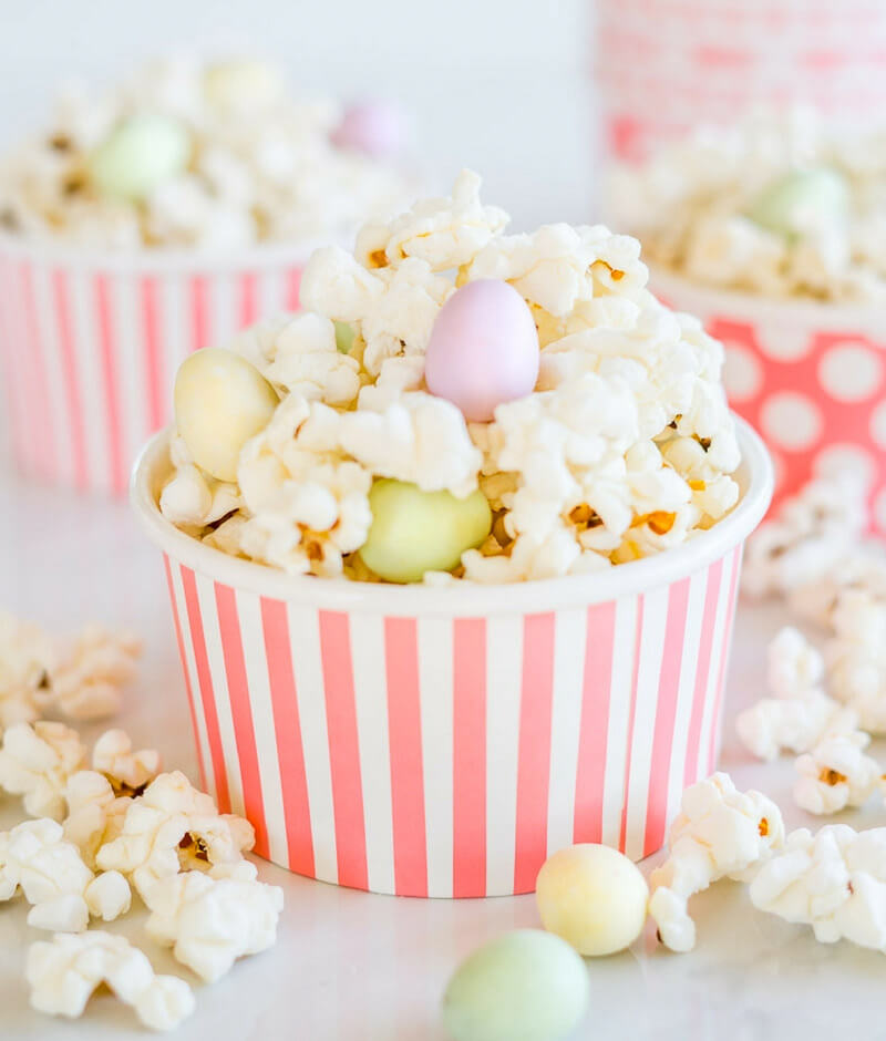 Easy Easter Snack: Easter Egg Hunt Popcorn
