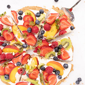 Holley Grainger's Healthy Fruit Pizza