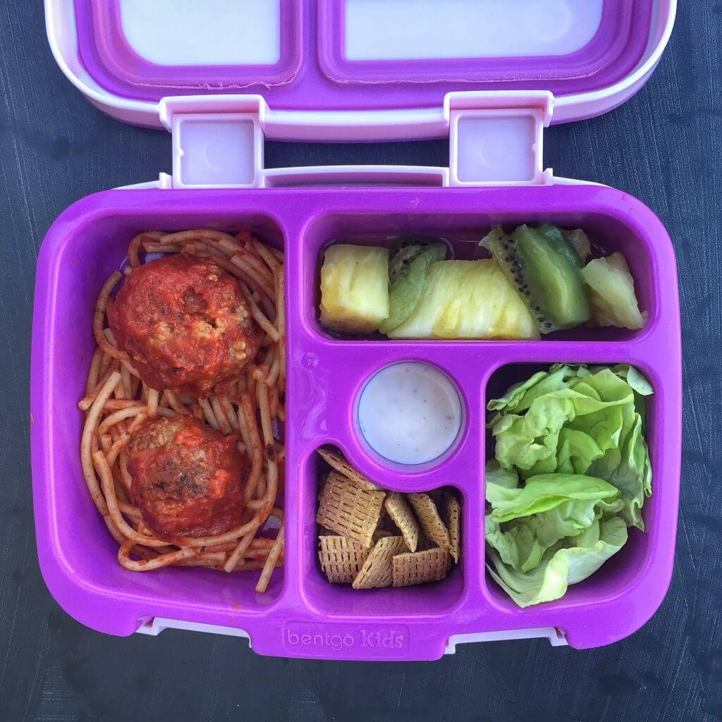 How to Pack a Healthy Lunchbox--Work in Veggies