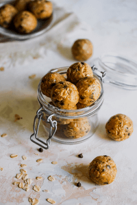 No-Cook Peanut Butter Chocolate Chip Cookie Bites from Holley Grainger