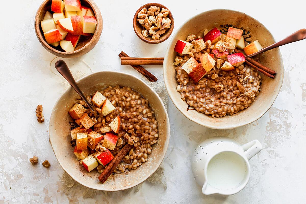 Cinnamon Apple Breakfast Barley
