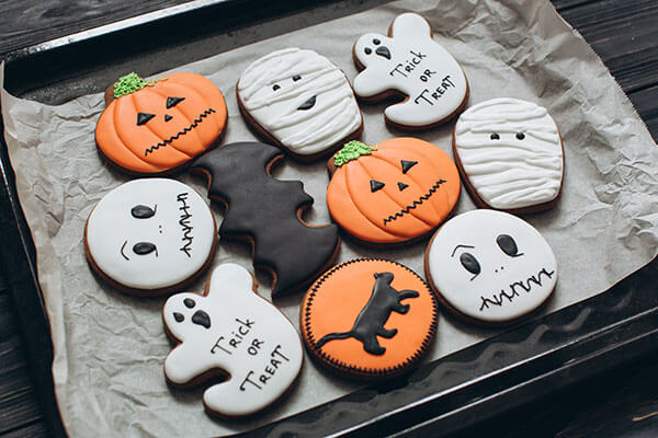 halloween-cookie-decorating.jpg