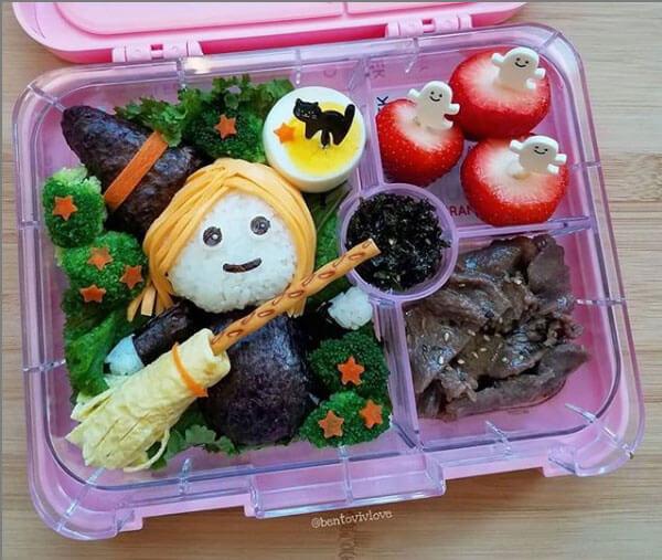 Halloween lunchbox from bentovivlove