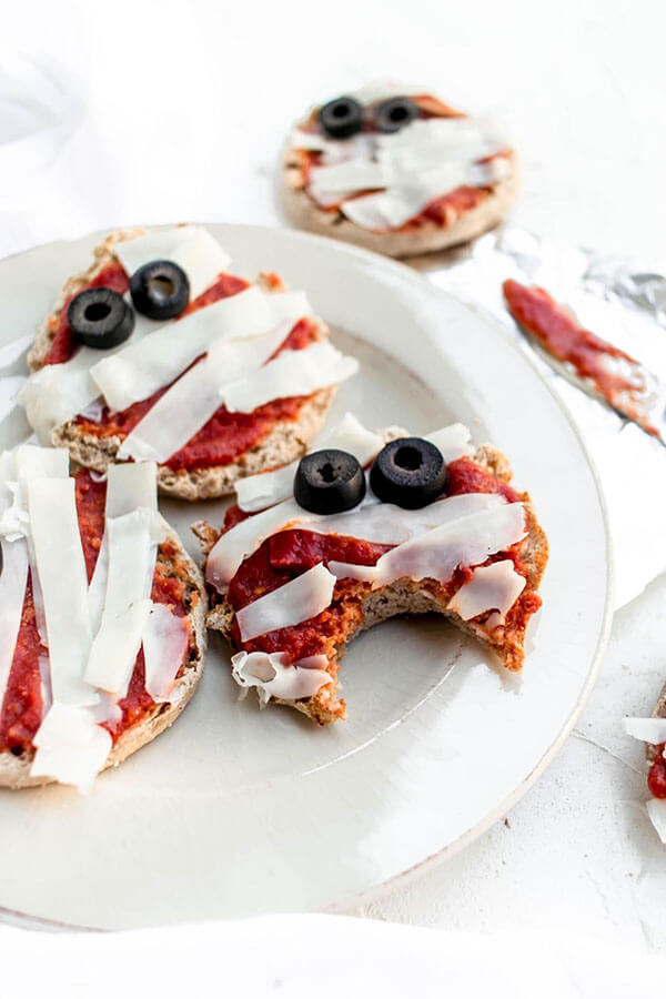 Halloween Recipe: Cheesy Mummy Pizzas