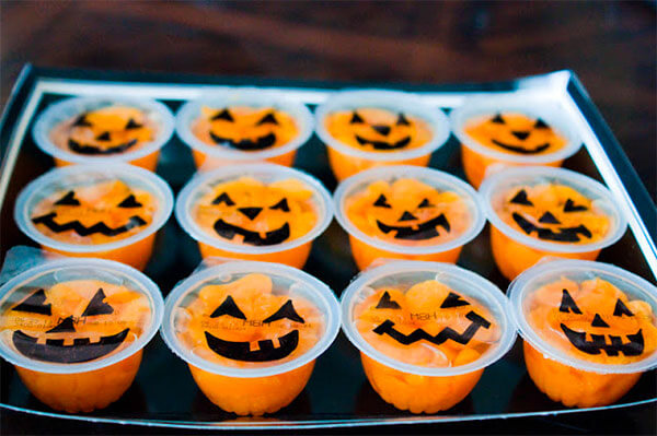 Pumpkin Fruit Cups via The Sweatman Family