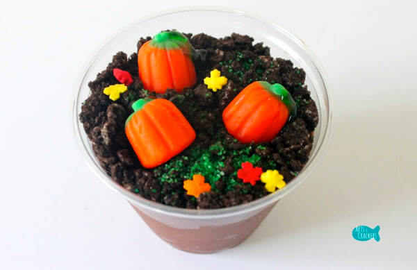Pumpkin Patch Pudding Cups via Arts and Crackers
