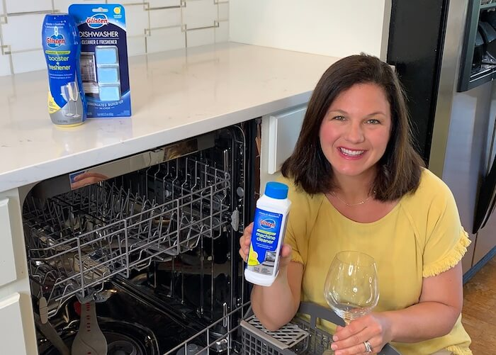 How to Deep Clean Your Dishwasher