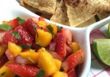 Strawberry-Mango Salsa with Cinnamon Tortilla Chips