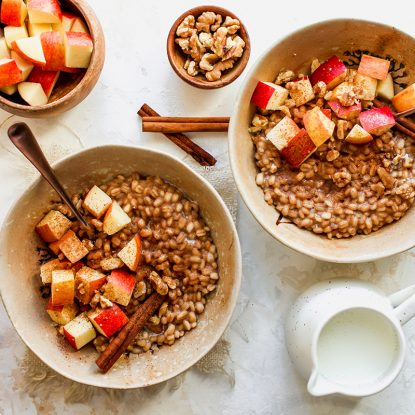 Cinnamon Apple Breakfast Barley