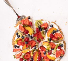 Healthy Fruit Pizza from Holley Grainger